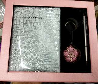 Notes gift package