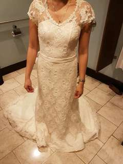 Rosalyn Lagdameo Lace Gown