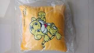 Travel pillow cushion