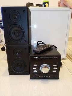 新淨 akai DVD 播放器(有usb功能)