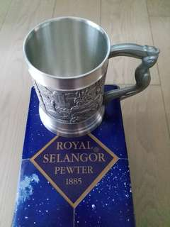 SELANGOR PEWTER TANKARDS WITH MALAYSIAN LANDMARKS!
