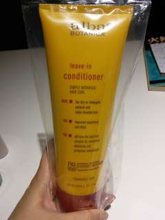 Alba Botanica leave-in conditioner 免沖洗護髮素