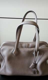 Hermes Victoria 35 Gris colour, M stamp