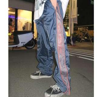 「黑色 白邊 反光條 90s 風褲 長褲 運動褲 古著 @一中 舊到過去 腰: 29inch 長: 95cm」
