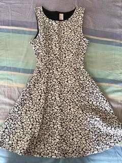 Forever21 dress (US2)