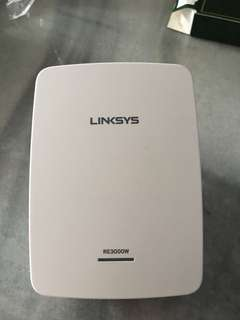 Linksys RE3000W-SG N 300 extender with spot finder