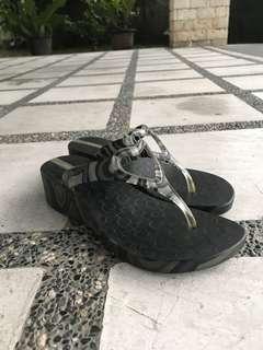 Ipanema Black Slip-on Wedges