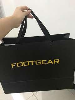 Paperbag footgear