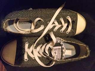 Converse gray + silver