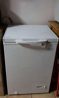 STILL UNDER WARRANTY- MIDEA CHEST FREEZER