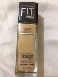 Maybelline Fit Me Dewy + Smooth 220