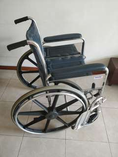 Wheelchairs (sturdy and strong)