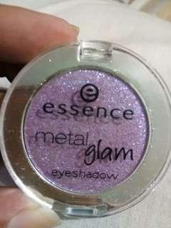 Essence.  glam eye shadow
