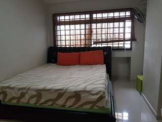 Large common room for rent