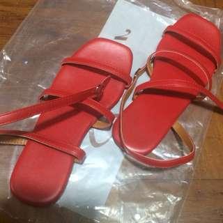 女裝 紅色平底踭鞋