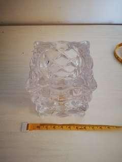 Tempat lilin kristal