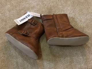 Old Navy Tan Boots