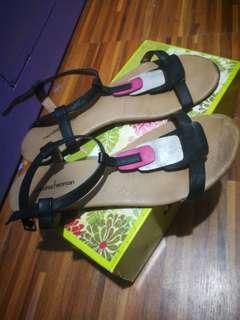 Mendrez Woman Sandals