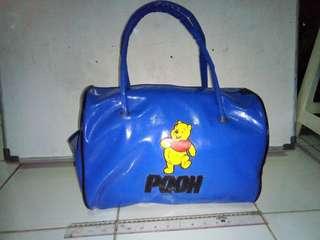 Tas besar biru Pooh