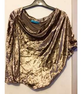 Authentic Brand New With Tag Alice + Olivia One Shoulder Metallic Golden Velvet satin with Drapes Details Tops 全新 名牌 金屬 金色 絲絨 單肩 皺褶 上衣  Sale Discount 低於半價 Over 50% Off!!! Designer