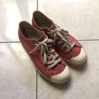 🚚 無印良品帆布鞋 煙燻紅 二手25cm