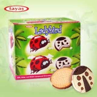 TAYAS LADYBIRD(Biskuit lapis coklat bentuk kumbang)