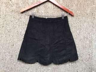 Velvet scallop skirt