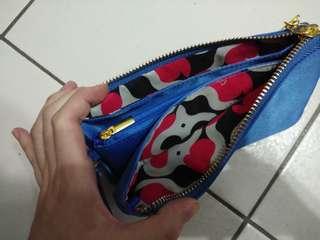 🚚 時尚寶藍色零錢包
