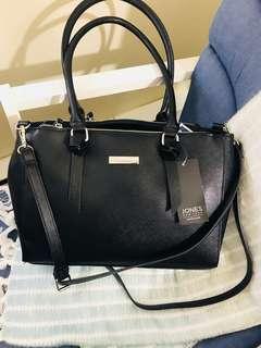 Jones New york body bag /handbag