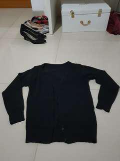 Knit cardigan hitam