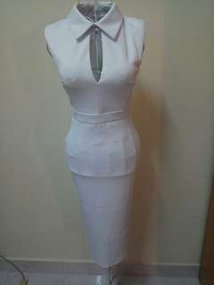 White Dress missguided UK6. Victoria beckham style. Pencil fitted office