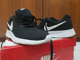 Original Nike Tanjun size 40