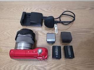 Sony NEX-3 Red 相機單鏡細相機單反+ 變焦鏡 + 閃光燈 + 充電器 +原裝電池 x 2