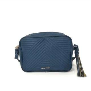 Mango Quilted sling ( blue )