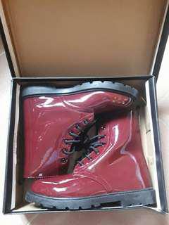 🚚 棗紅靴~