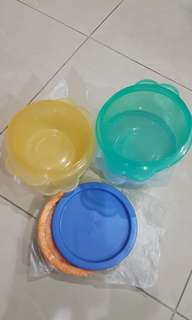 Tupperware One Touch air tight