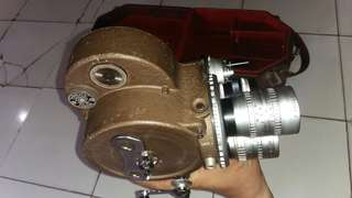 Video camera bell&howell 70dr