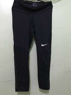 Nike Fly Victory Cropped Tights