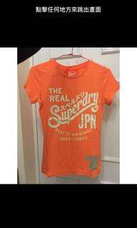 Superdry 橘色系T恤