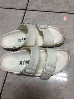 BIRKENSTOCK 白色女鞋38號