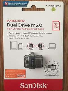 Sandisk Dual Thumb Flash Drive 32GB
