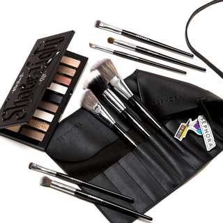 """Sephora Make Up Brushes """" Pouch """" $10"""