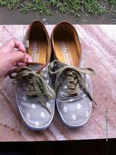💯authentic keds shoes