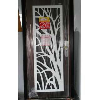 New Security door(comes with built-in mosquito netting) - selling cheap