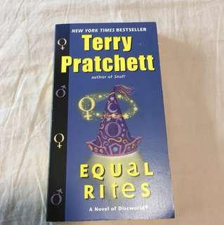 🚚 Equal Rites by Terry Pratchett