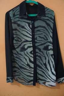 Black Tiger Print Chiffon Longsleeves