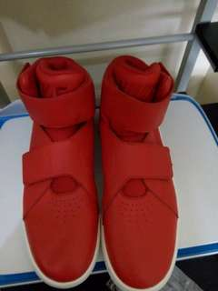 Authentic Nike Marxman Shoes