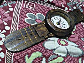 Wooden Wall clock (wrist clock design)