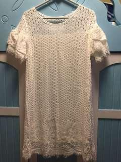 白色通花連身裙