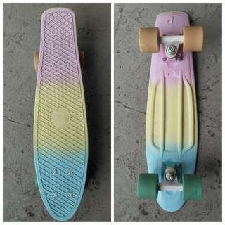 Pastel penny board